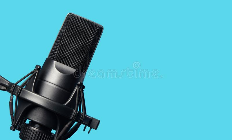 Czarnego metalu pracowniany kondensatorowy mikrofon obraz stock