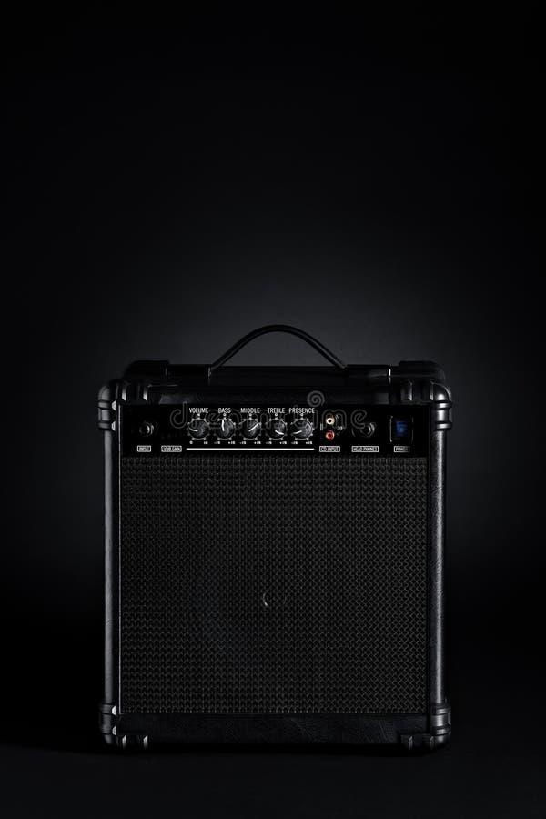Czarny Basowej gitary amplifikator zdjęcie royalty free