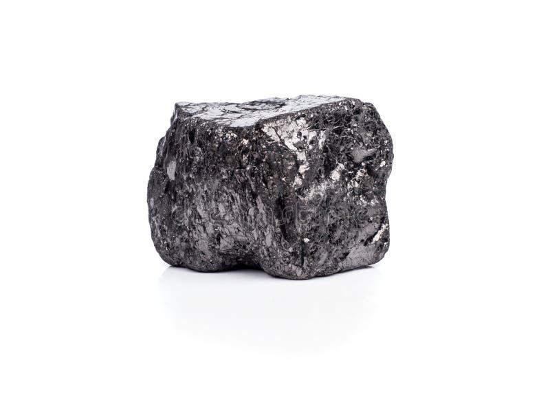 czarny bitumiczny węgiel na białym tle fotografia royalty free