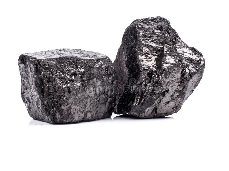 czarny bitumiczny węgiel na białym tle obraz royalty free