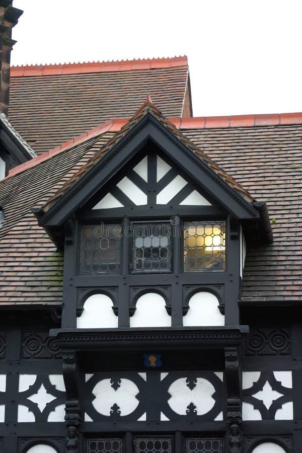 czarny buduje Chester historyczny white zdjęcia stock