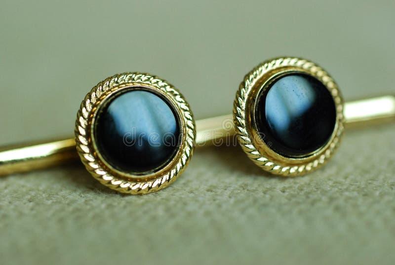 czarny cufflinks formalna złocista odzież zdjęcie stock