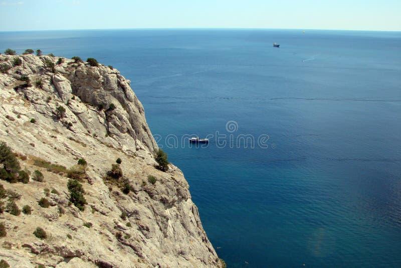 Czarny Denny wybrzeże południowa część Krymski półwysep blisko miasteczka Sudak Ukraina zdjęcia stock