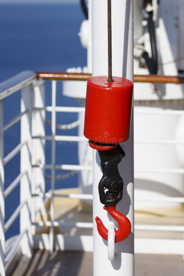 czarny haczyka pulley czerwieni statki fotografia stock