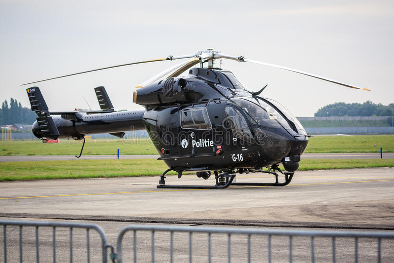 Czarny helikopter policyjny zdjęcie stock