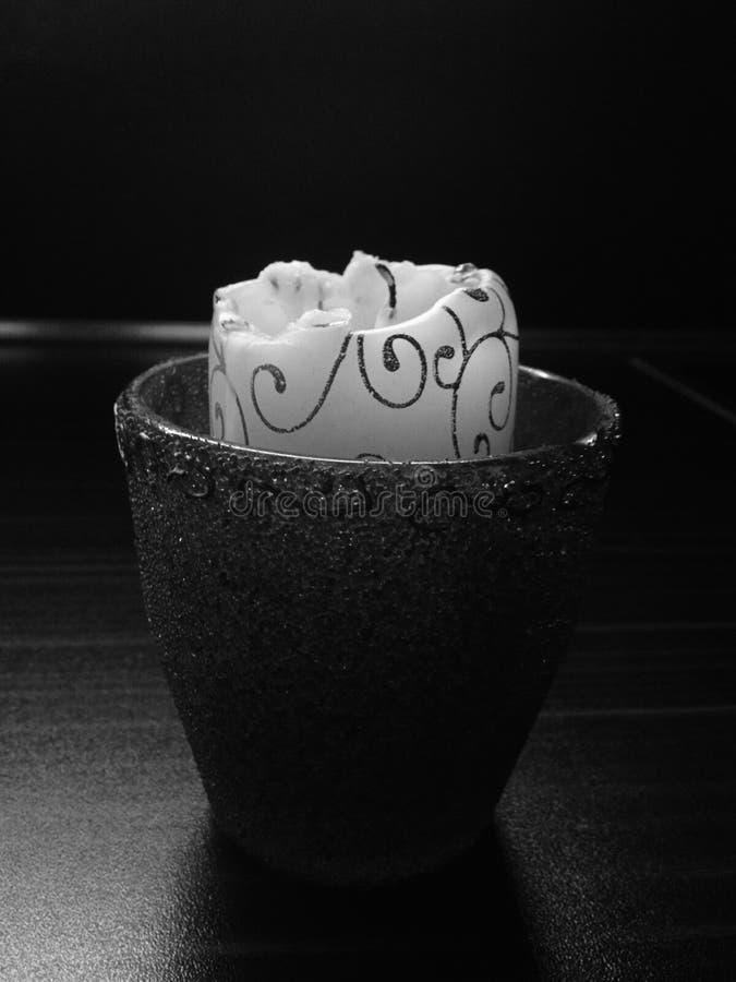 Czarny i biały świeczka obrazy stock
