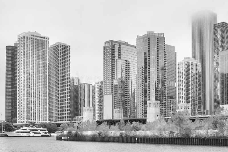 Czarny i biały fotografia Chicagowski nowożytny nabrzeże zdjęcie stock