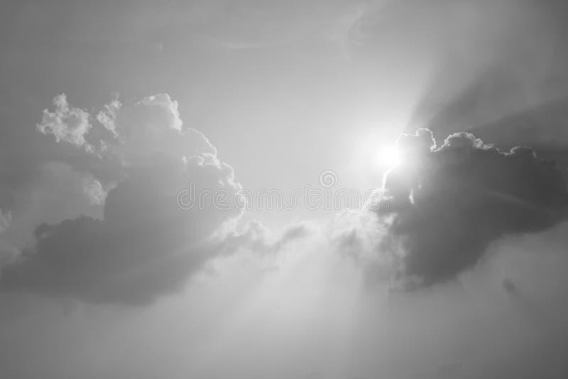 Czarny i biały niebo zdjęcie royalty free