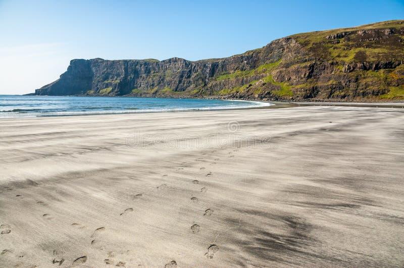 Czarny I Biały piasków wzory, Talisker plaża, Skye, Szkocja zdjęcie royalty free