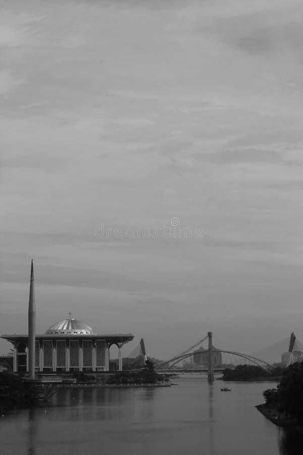 Czarny i biały Putrajaya jezioro obraz royalty free