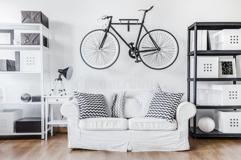 Czarny i biały współczesny wnętrze zdjęcie stock