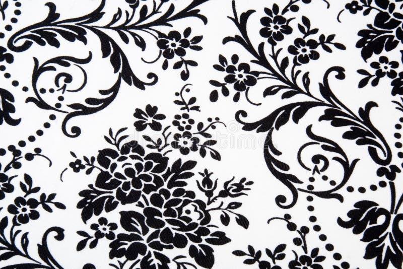 czarny kwiecisty deseniowy bezszwowy biel royalty ilustracja