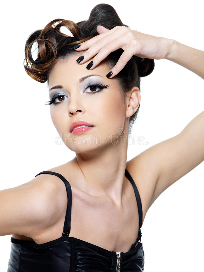 czarny mody fryzury gwoździ stylowa kobieta obraz stock