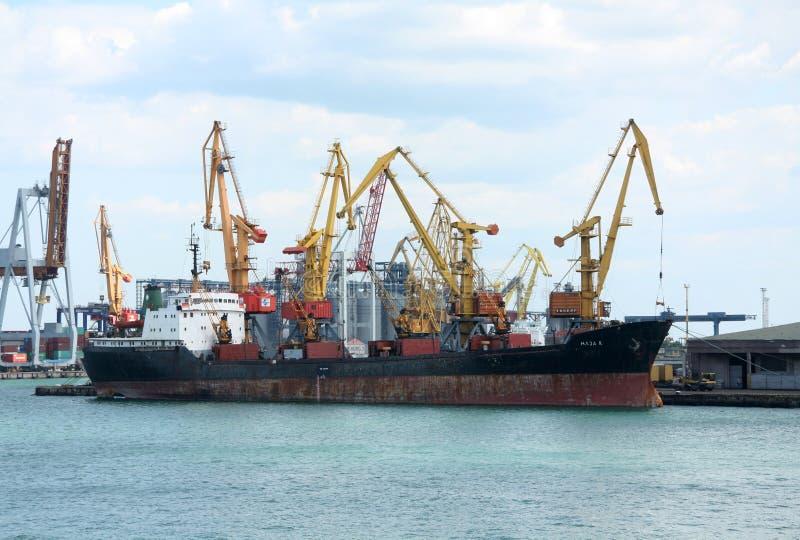 Czarny morski port towarowy w Odessie, Ukraina zdjęcia royalty free