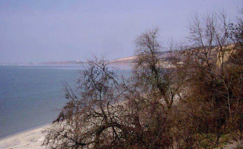 Czarny morze w zima słonecznym dniu obrazy royalty free