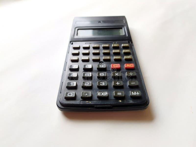 Czarny naukowy kalkulator na białym tle fotografia stock