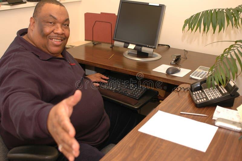 czarny przyjazny człowiek urzędu obraz stock