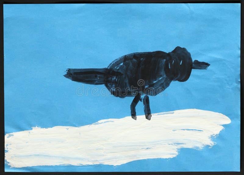 Czarny ptak na Białym śniegu s jest dziecko zdjęcie royalty free