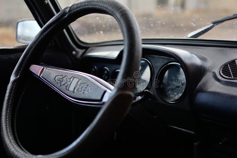Czarny pulpit operatora w Rosyjskim samochodzie zdjęcia royalty free