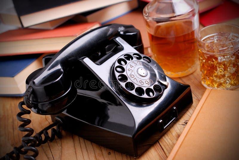 Czarny retro telefon fotografia stock