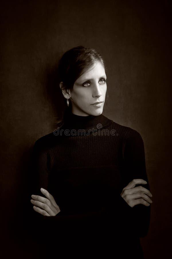 czarny smokingowa ładna kobieta obrazy stock