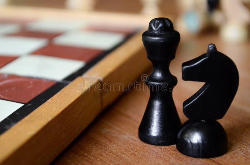 Czarny szachowy kawałek - rycerz i biskup zdjęcie stock