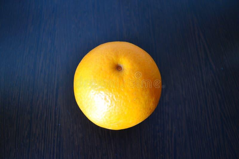 czarny tło pomarańcze obrazy stock