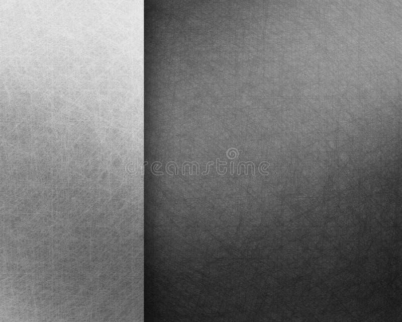 Czarny tło z grunge teksturą i rocznika pergaminowym papierem zdjęcie royalty free