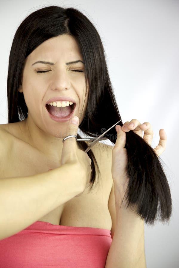 czarny tnący włosy ona długo target1289_0_ kobieta zdjęcia royalty free