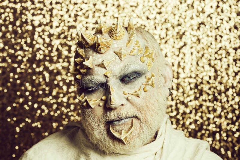 Czarownik z białymi oczami obraz royalty free