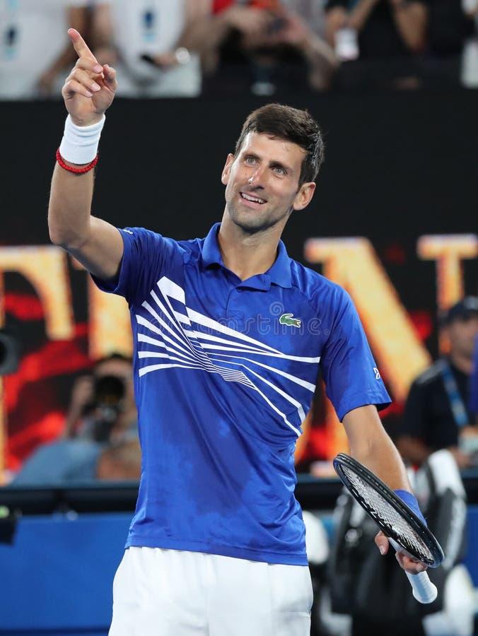 14 czasów wielkiego szlema mistrz Novak Djokovic Serbia świętuje zwycięstwo po jego półfinału dopasowania przy 2019 australianem  fotografia stock