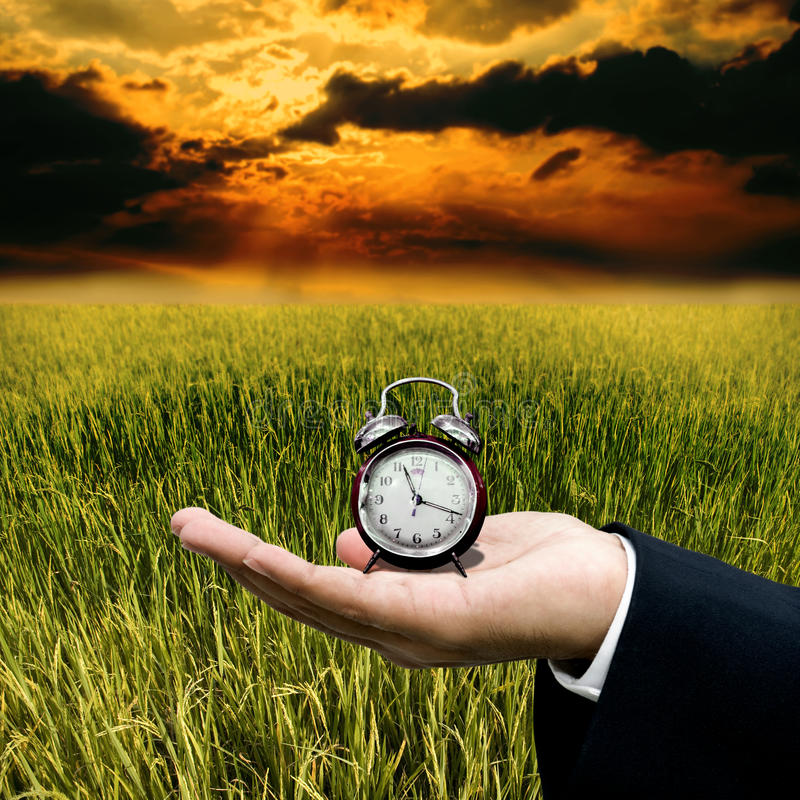 Czas pracować z gospodarstwem rolnym obrazy royalty free