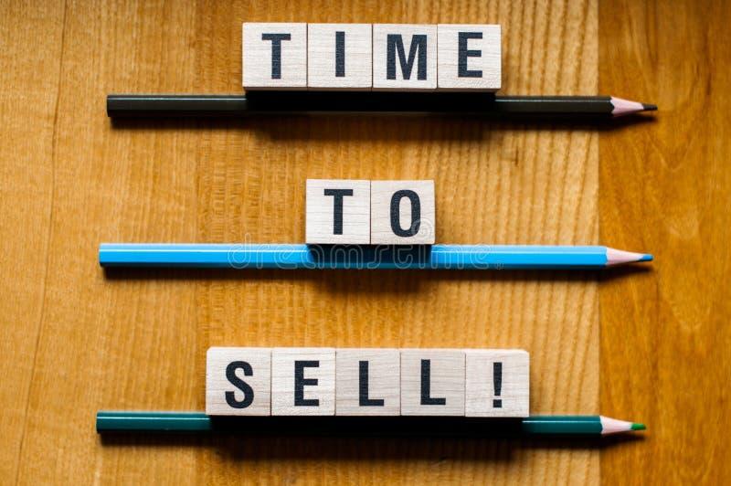 Czas sprzedawać słowa pojęcie zdjęcie stock
