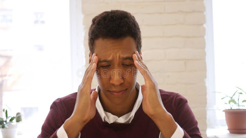 Czas, Zaakcentowany Młody amerykanina mężczyzna, migrena fotografia stock