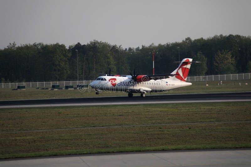 Czech Airlines hebluje lądowanie w Frankfurt lotnisku, FRA obrazy royalty free