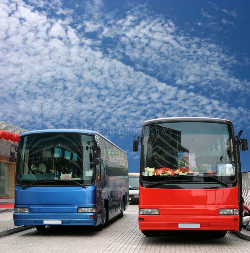 czekaj pasażerów autobusu zdjęcia royalty free