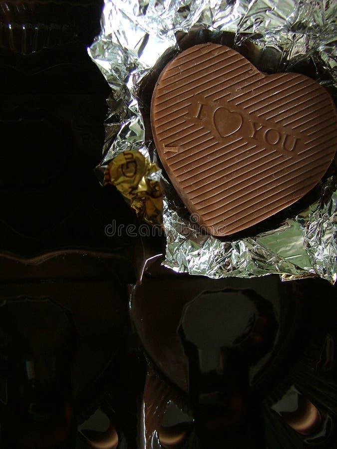 Download Czekolada obraz stock. Obraz złożonej z shiners, cukierki - 128097