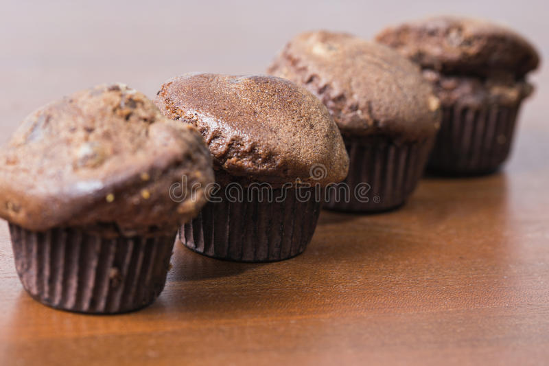 Download Czekoladowi muffins obraz stock. Obraz złożonej z kawałek - 57650945