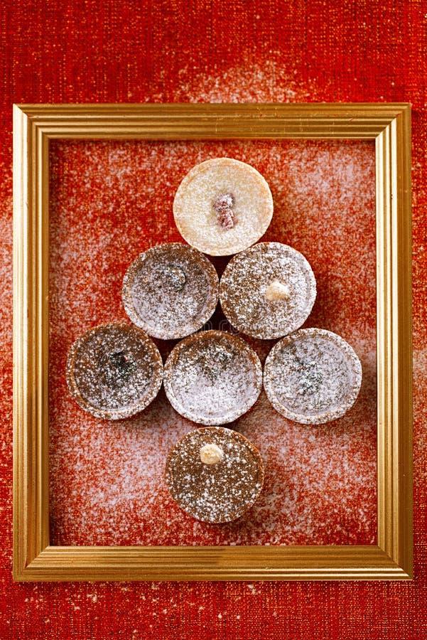 Czekoladowi tartlets w choinka kształcie zdjęcie stock