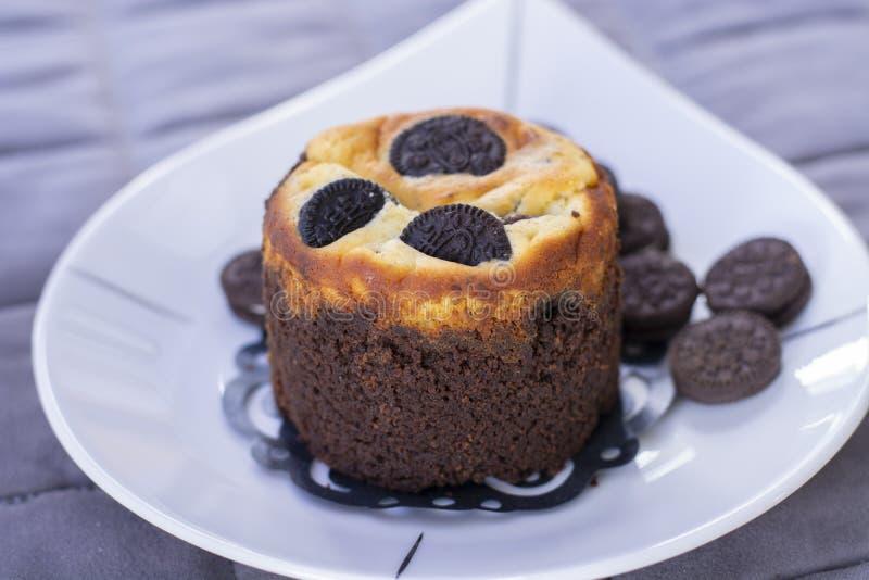 Czekoladowy ciastka słodka bułeczka z ciastkami zdjęcia stock