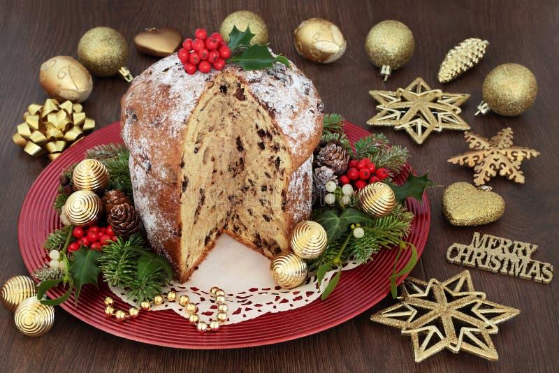Czekoladowy Panettone bożych narodzeń tort obrazy royalty free