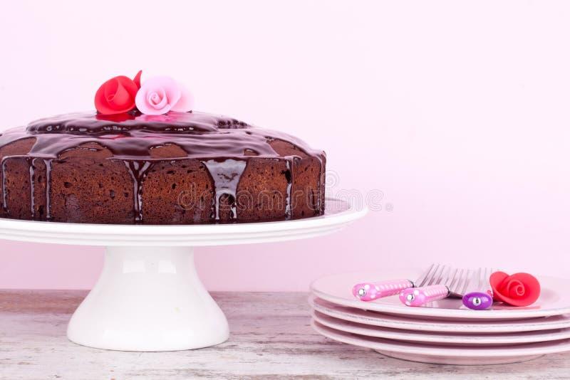 Download Czekoladowy tort obraz stock. Obraz złożonej z śmietanka - 42525891