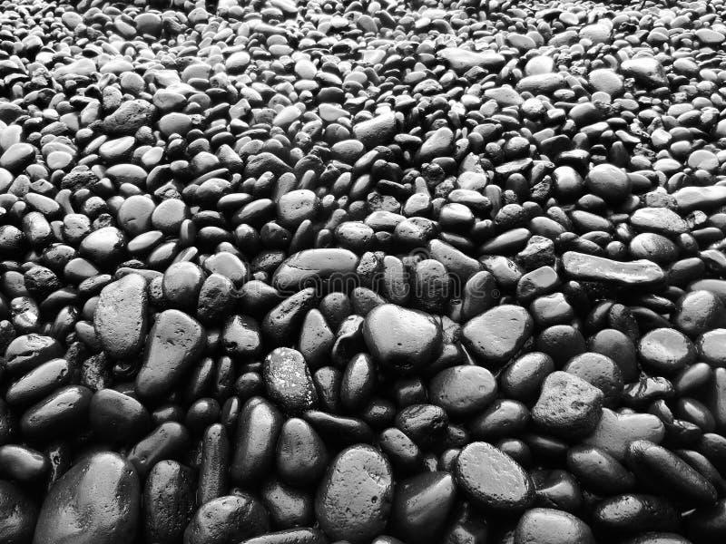 czerń plażowa skała zdjęcia royalty free