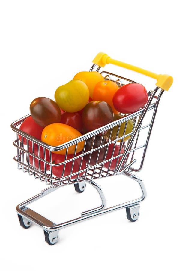 Czereśniowi pomidory w supermarket furze obrazy stock