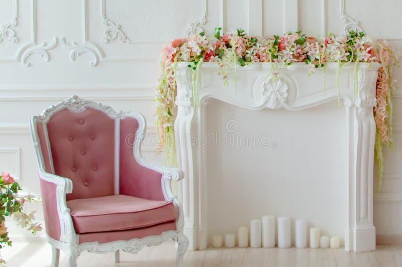 Czerep żywy pokój Piękny lekki wnętrze zdjęcia stock