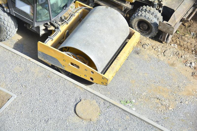 Czerep drogowy rolownik Żwir majstruje Przygotowywający drogę dla kłaść asfalt Drogowy rolownik dla glebowego compaction zdjęcia royalty free