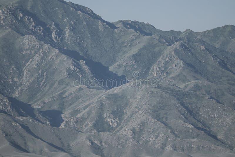 Czerep góra Droga jary jar zdjęcia stock