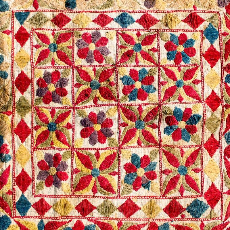 Czerep kolorowy retro makaty tkaniny wzór z handmad obrazy royalty free
