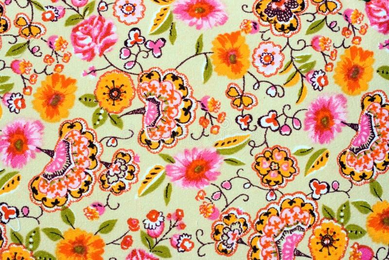Czerep kolorowy retro makaty tkaniny wzór z kwiecistym obrazy royalty free