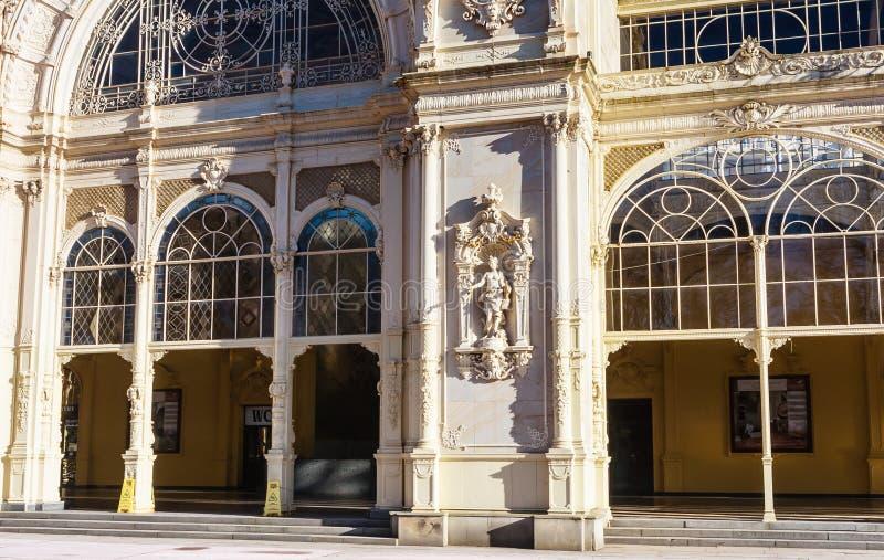 Czerep kolumnada w zdroju grodzki Marianske Lazne Marienbad C zdjęcia royalty free